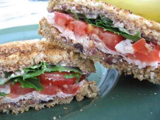 tuin kalkoen sandwich met citroen mayo