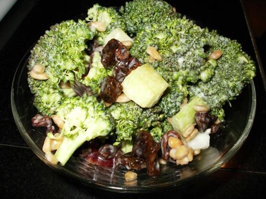broccoli salade (lite)